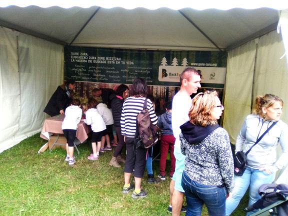 Baskegur promocionará el uso de la madera en las fiestas de las ikastolas